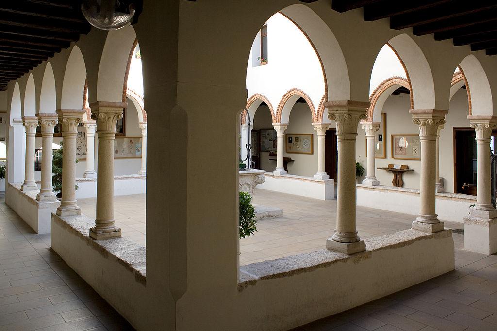 ซานตัวริโอ เดลลา มาดอนนา ดิ มอนเต เบริโก-ภายในสวยงามมาก