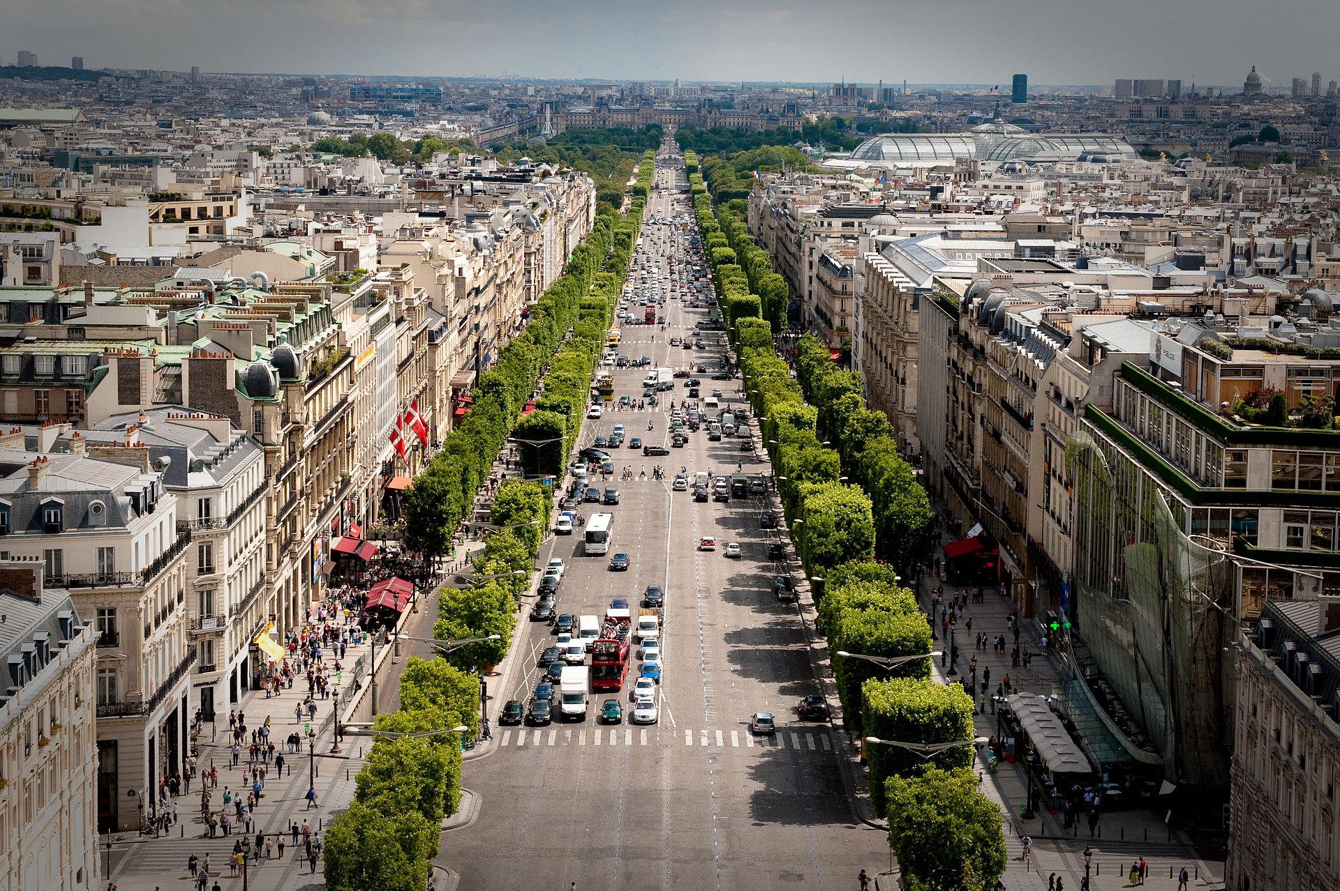 ถนนฌ็องเซลิเซ่ -สวยงาม