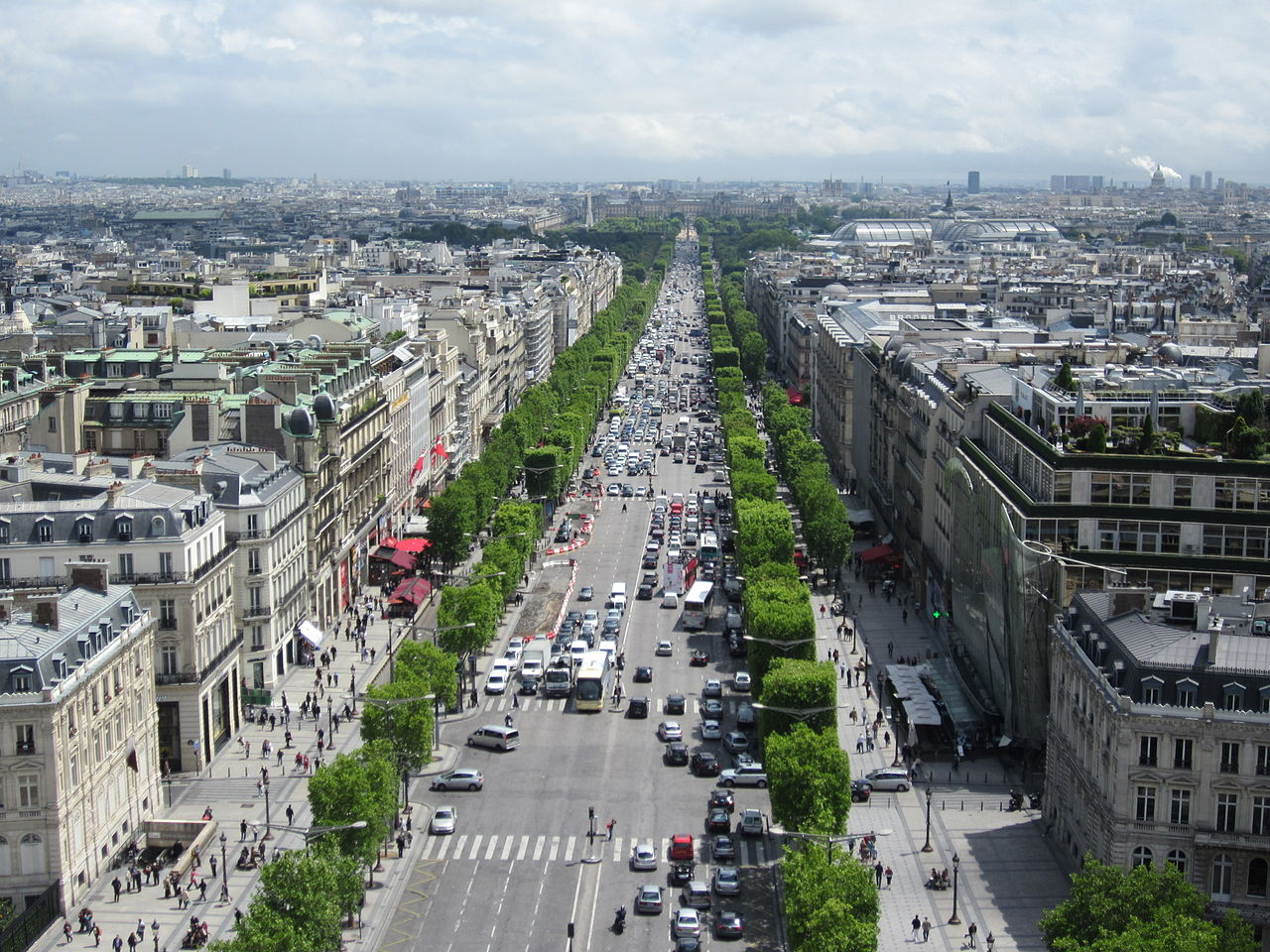 ถนนฌ็องเซลิเซ่ -อีกมุม