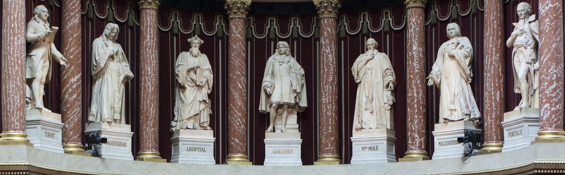 พระราชวังลักเซมบูร์ก-รูปปั้นบรรดานักคิดของฝรั่งเศส