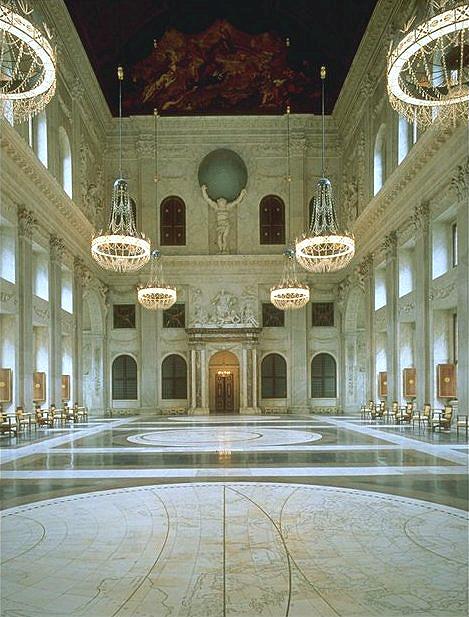 พระราชวังหลวง อัมสเตอร์ดัม -ภายในสวยงามอย่างมาก