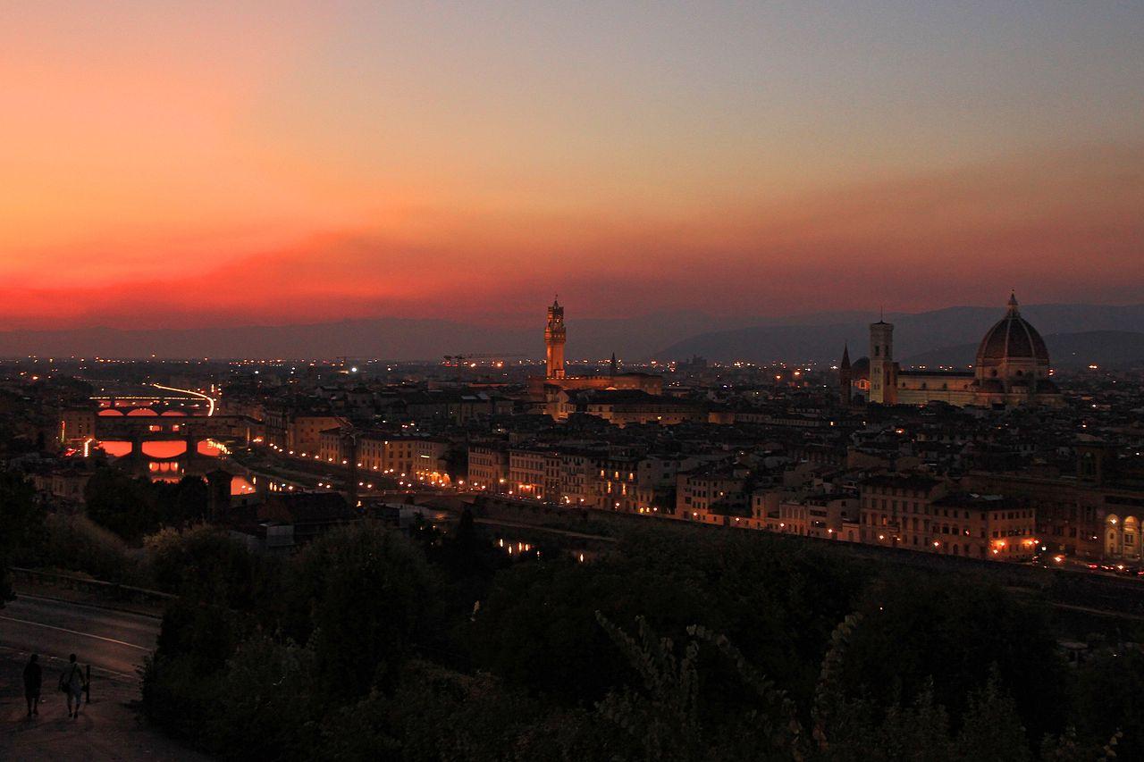 ฟลอเรนซ์-ความสวยงามยามค่ำคืน