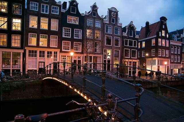 ล่องเรือในอัมสเตอร์ดัม -บรรยากาศโรเเมนติกสุดๆ