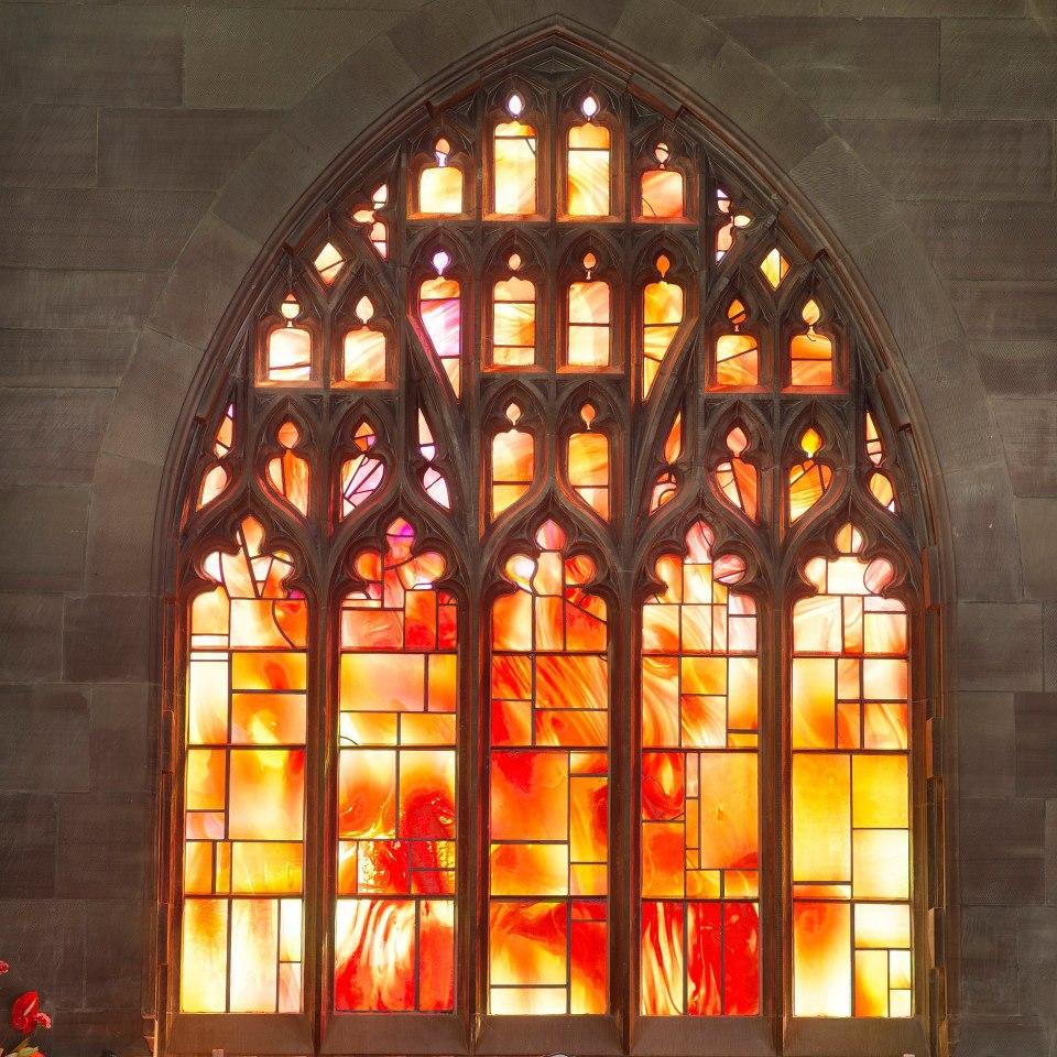 วิหารแมนเชสเตอร์-หน้าต่างงานไม้