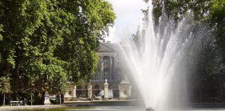 สวนบรัสเซลส์ -น้ำพุสวยๆ