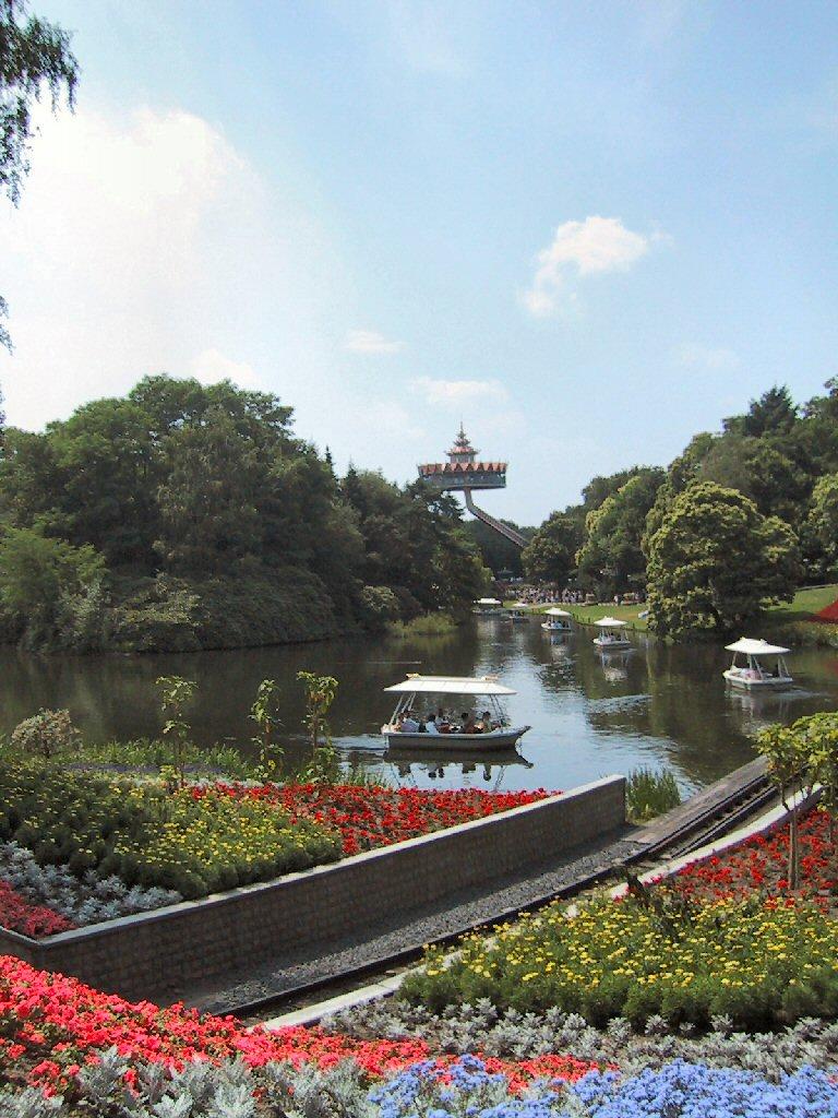 สวนสนุกเอฟเทลริ่ง -สวนสวยๆ