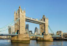 สะพานทาวเวอร์บริดจ์-สัญลักษณ์เเห่งลอนดอน