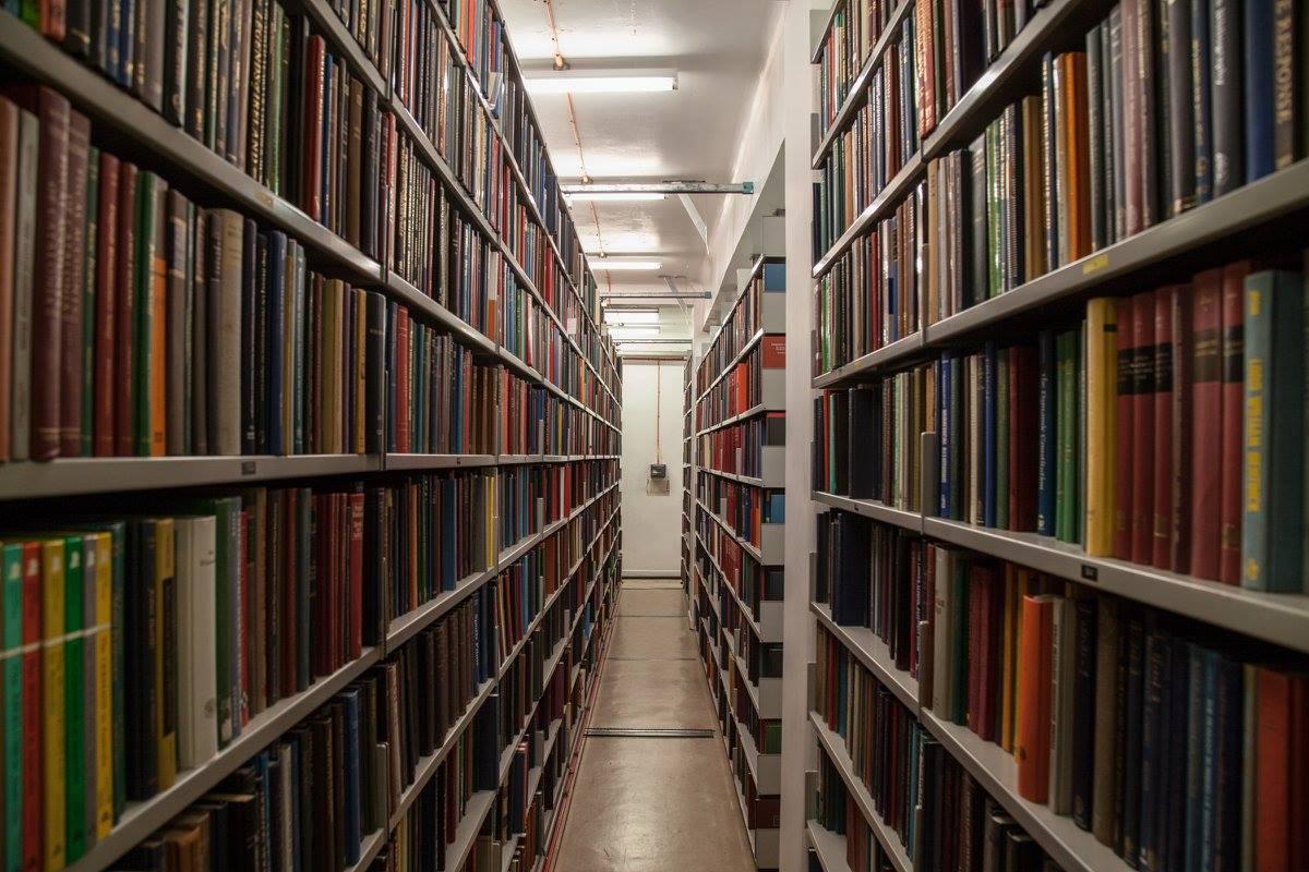 หอสมุดแห่งชาติสก็อตแลนด์-ชั้นหนังสือ