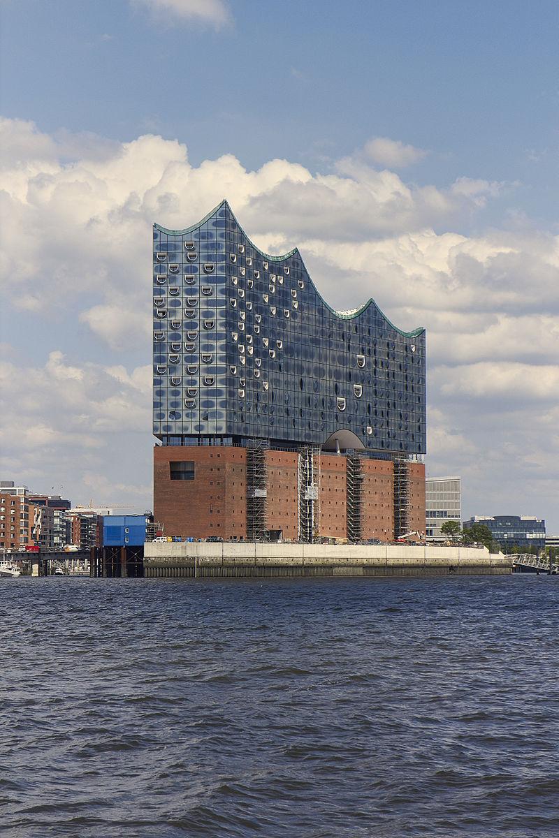 ฮัมบูร์ก-อาคารในท่าเรือ