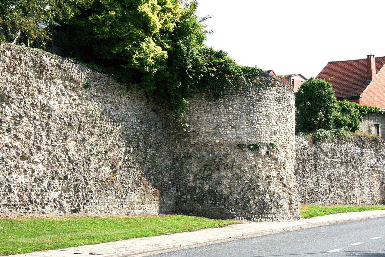 เมืองงตองเคอเรน-กำเเพงเมืองเก่า