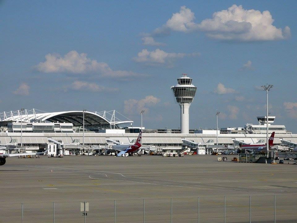 เยอรมัน-สนามบิน