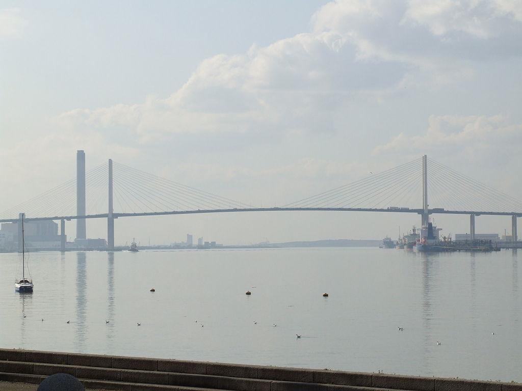 เอสเซกซ์ -สะพาน