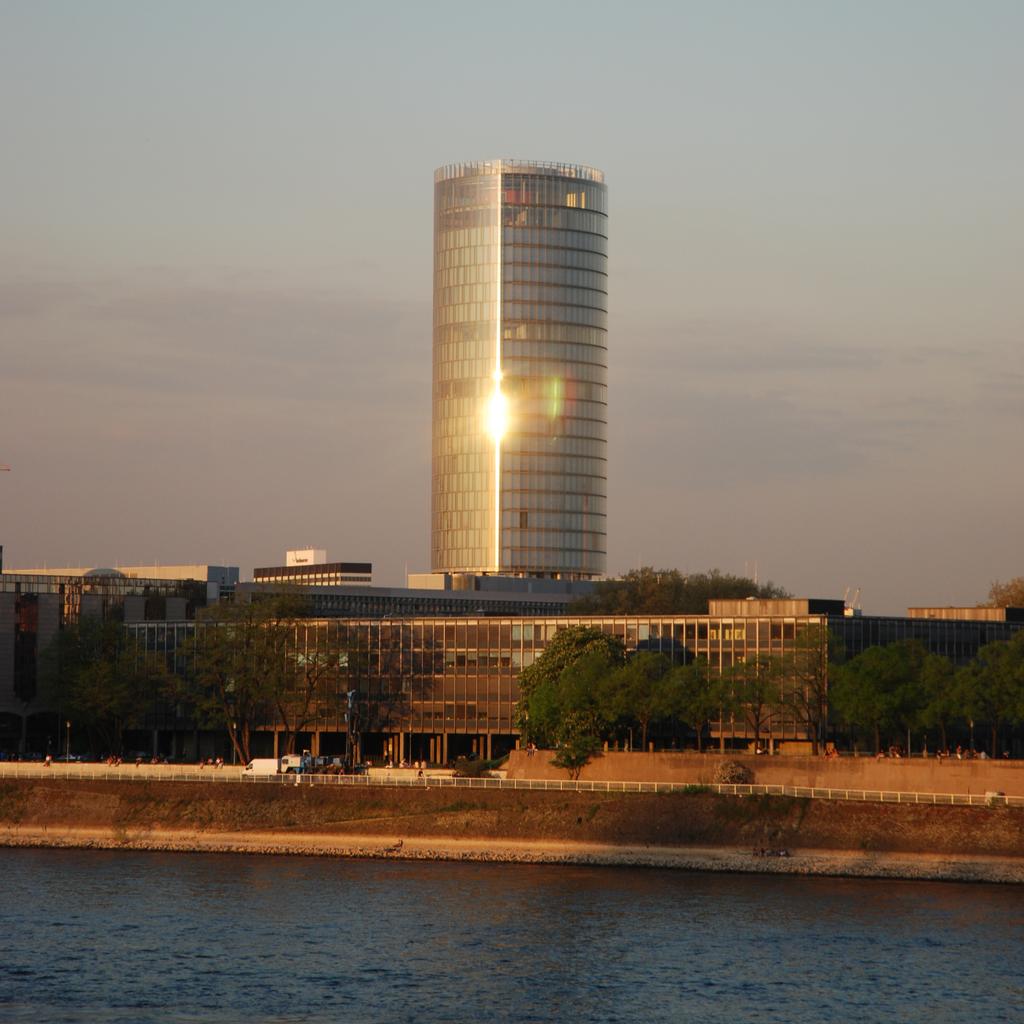 โคโลญ -อาคารใหม่
