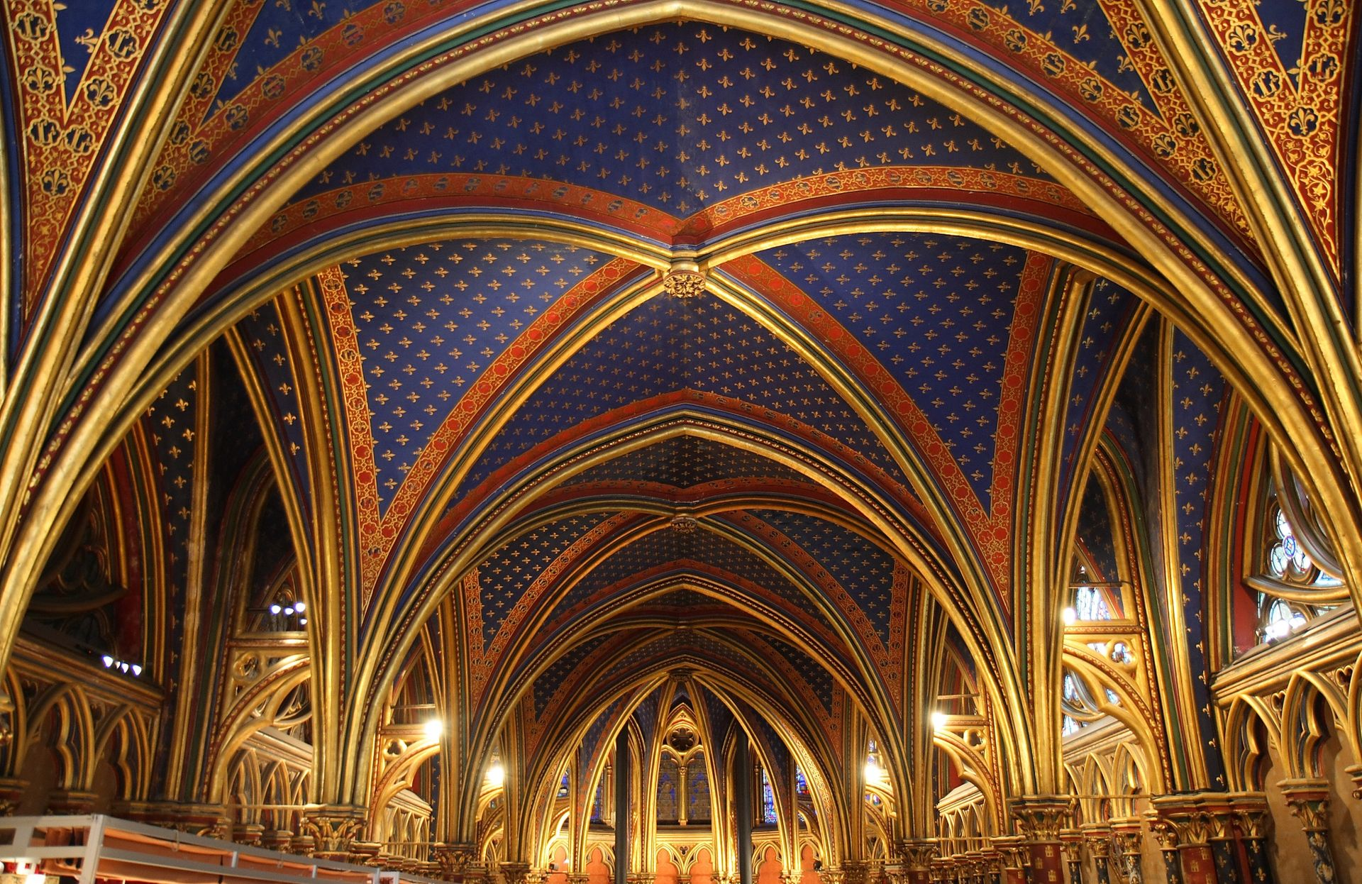 โบสถ์แซงต์ ชาแปลล์-เพดาน