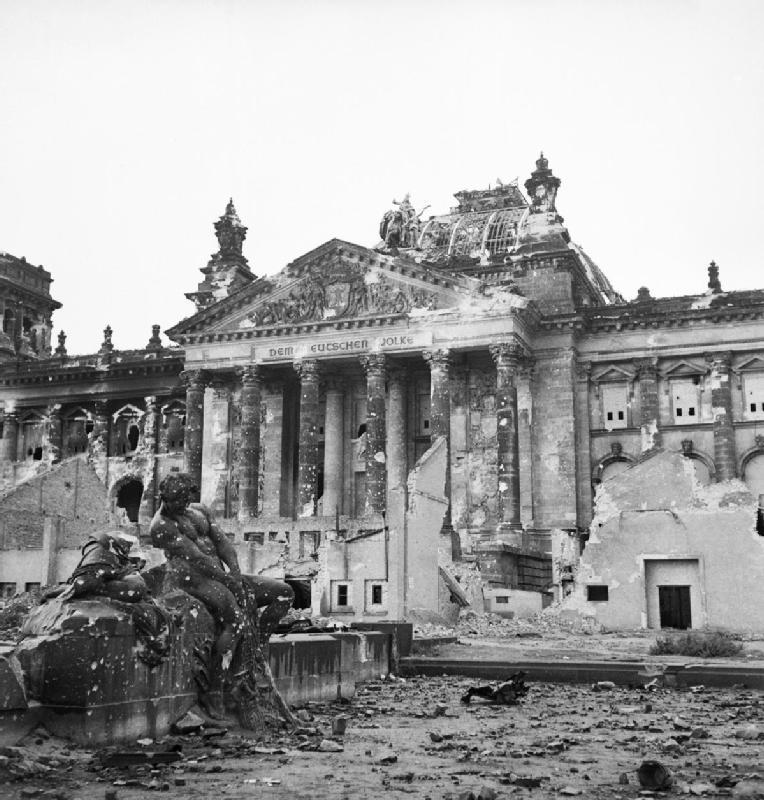 ไฮร์สตรากส์-หลังสงคราม