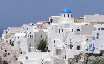 ซานโตรินี-บ้านสีขาวโดมสีฟ้า
