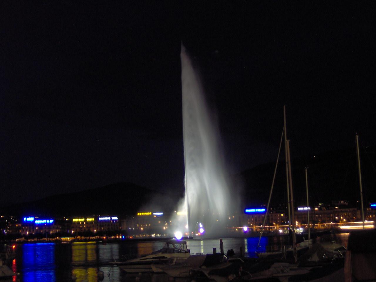 น้ำพุ เจ็ต เดอ อัว-ค่ำคืน
