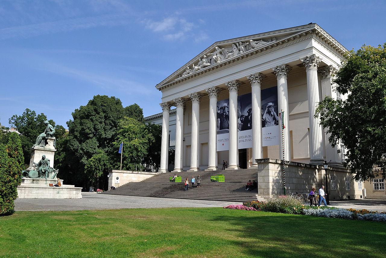 บูดาเปสต์-พิพิธภัณฑืเเห่งชาติฮังการี