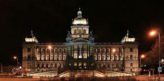 พิพิธภัณฑ์แห่งชาติเช็ก-ยามค่ำคืน
