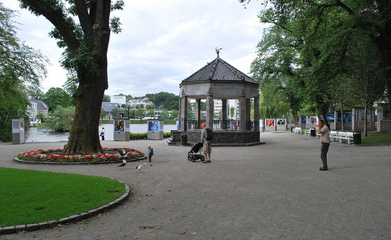 สตราเวนเกอร์  -สวนสาธารณะในเมือง