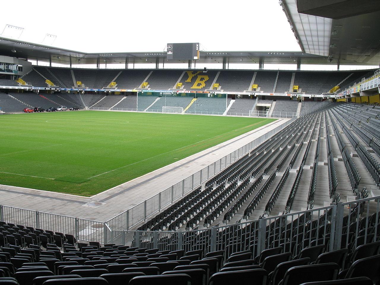 เบิร์น -สนามฟุตบอล