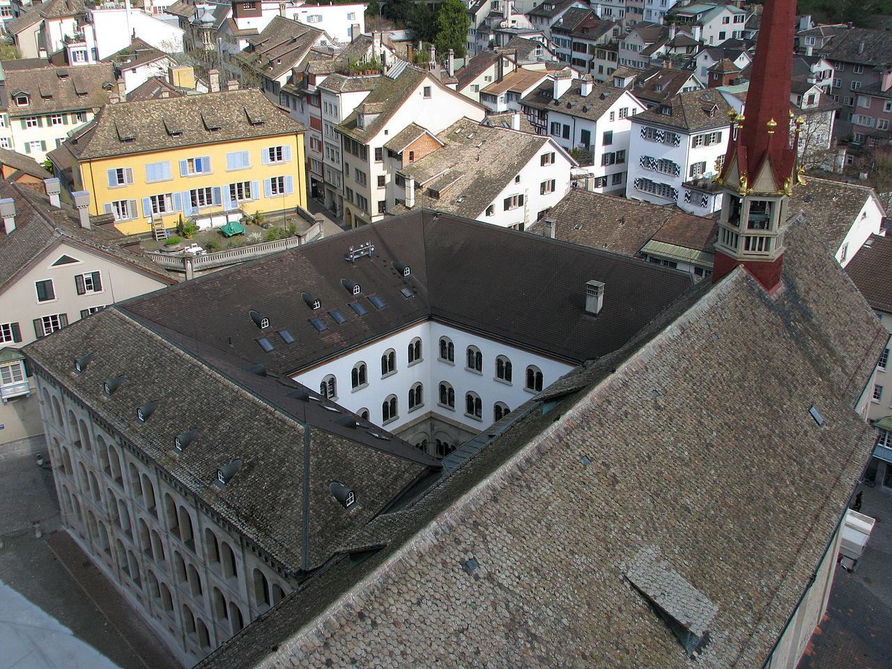 โบสถ์กรอสส์มึนซเตอร์-มุมสูง