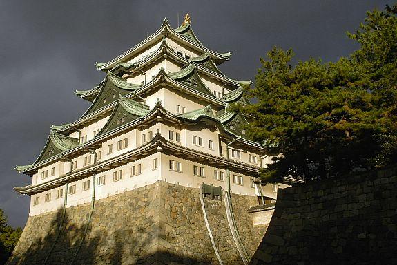 10 ปราสาทญี่ปุ่นที่ไม่ควรพลาดมาเที่ยว-ปราสาทนาโงย่า