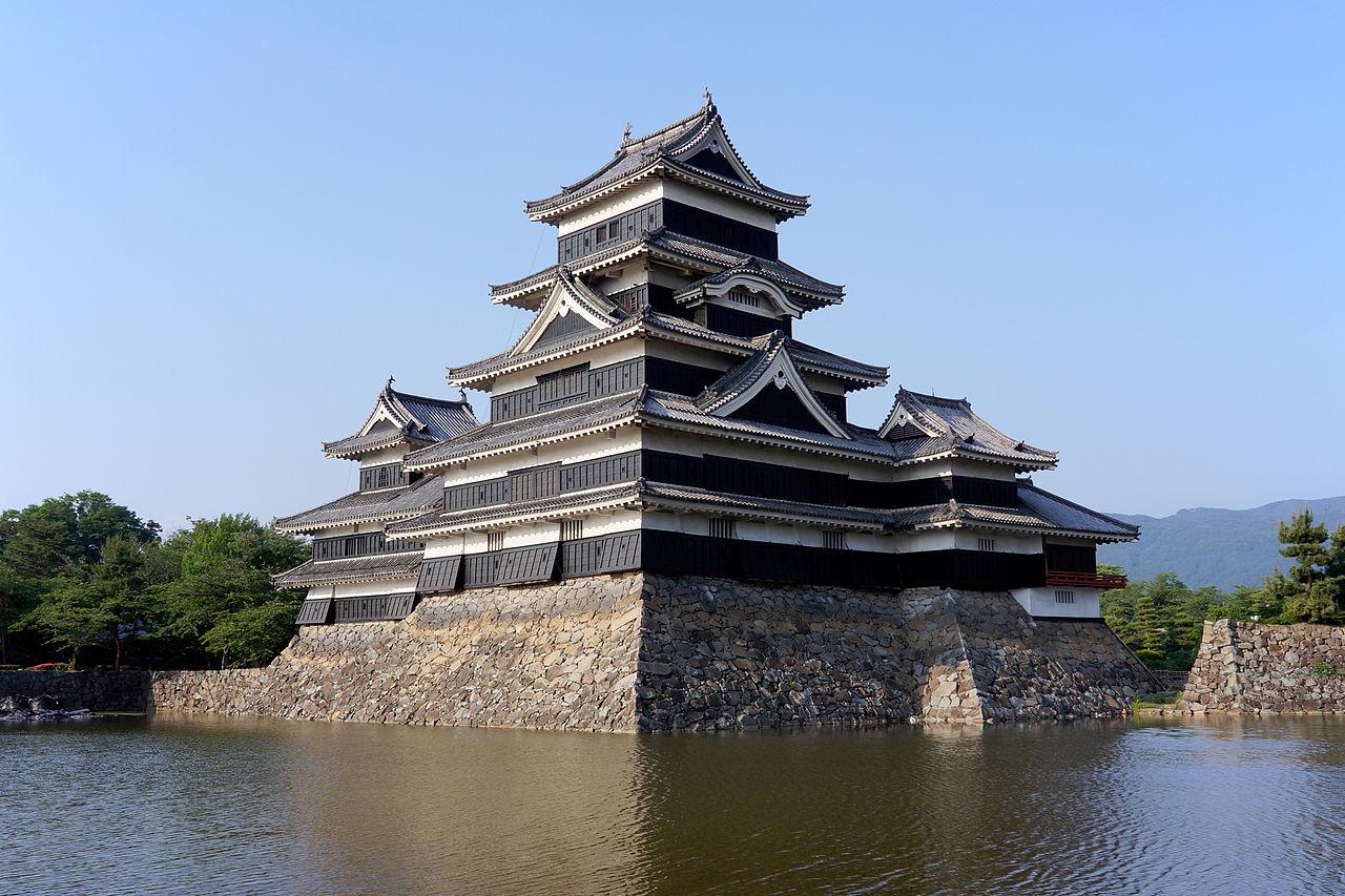 10 ปราสาทญี่ปุ่นที่ไม่ควรพลาดมาเที่ยว-ปราสาทมัตสึโมโต้