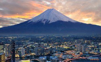 10 ภูเขาไฟน่าเที่ยวในญี่ปุ่น-ภูเขาไฟฟูจิ