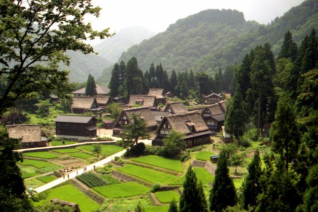 10 ย่านเก่าน่าเดินเล่นในญี่ปุ่น-หมู่บ้านโกคายามะ