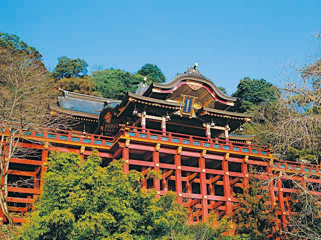 10 วัดเเละศาลเจ้าของญี่ปุ่นที่น่ามาเที่ยว-ศาลเจ้ายูโทคุ อินะริ