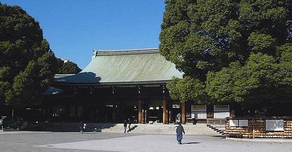 10 วัดเเละศาลเจ้าของญี่ปุ่นที่น่ามาเที่ยว-ศาลเจ้าเมจิ จิงกุ