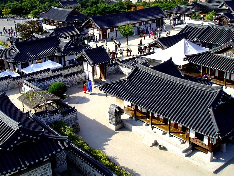 10 สถานที่ท่องเที่ยวสำคัญในเกาหลี-หมู่บ้านวัฒนธรรมนัมซานฮันอก