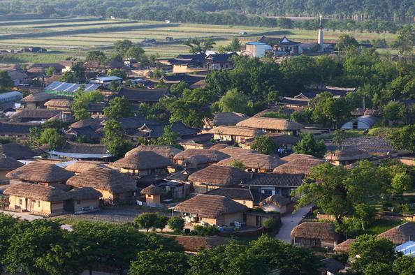 10-สถานที่ท่องเที่ยวเก่าเเก่ในเกาหลีที่ห้ามพลาด-หมู่บ้านฮาฮเว
