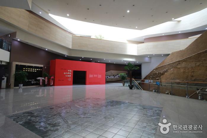 10 สถานที่น่าเที่ยวในเกาหลี -พิพิธภัณฑ์อาณาจักรแพ็คเจ
