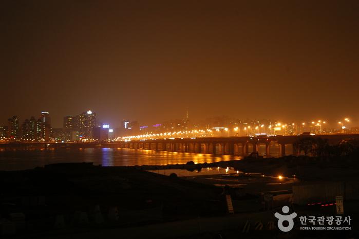 10 สถานที่น่าเที่ยวในเกาหลี -สะพานมาโป