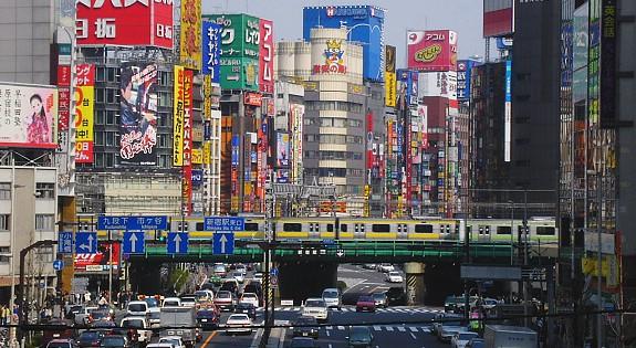 10 เเหล่งช็อปปิ้งสุดฮิตในญี่ปุ่น -ชินจูกุ