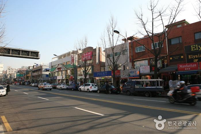 10 เเหล่งช็อปปิ้งสุดฮิตในเกาหลี -ย่านอินแทวอน