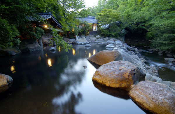 10 เเหล่งออนเซนน่าลองในญี่ปุ่น -คุโรคาวะออนเซน